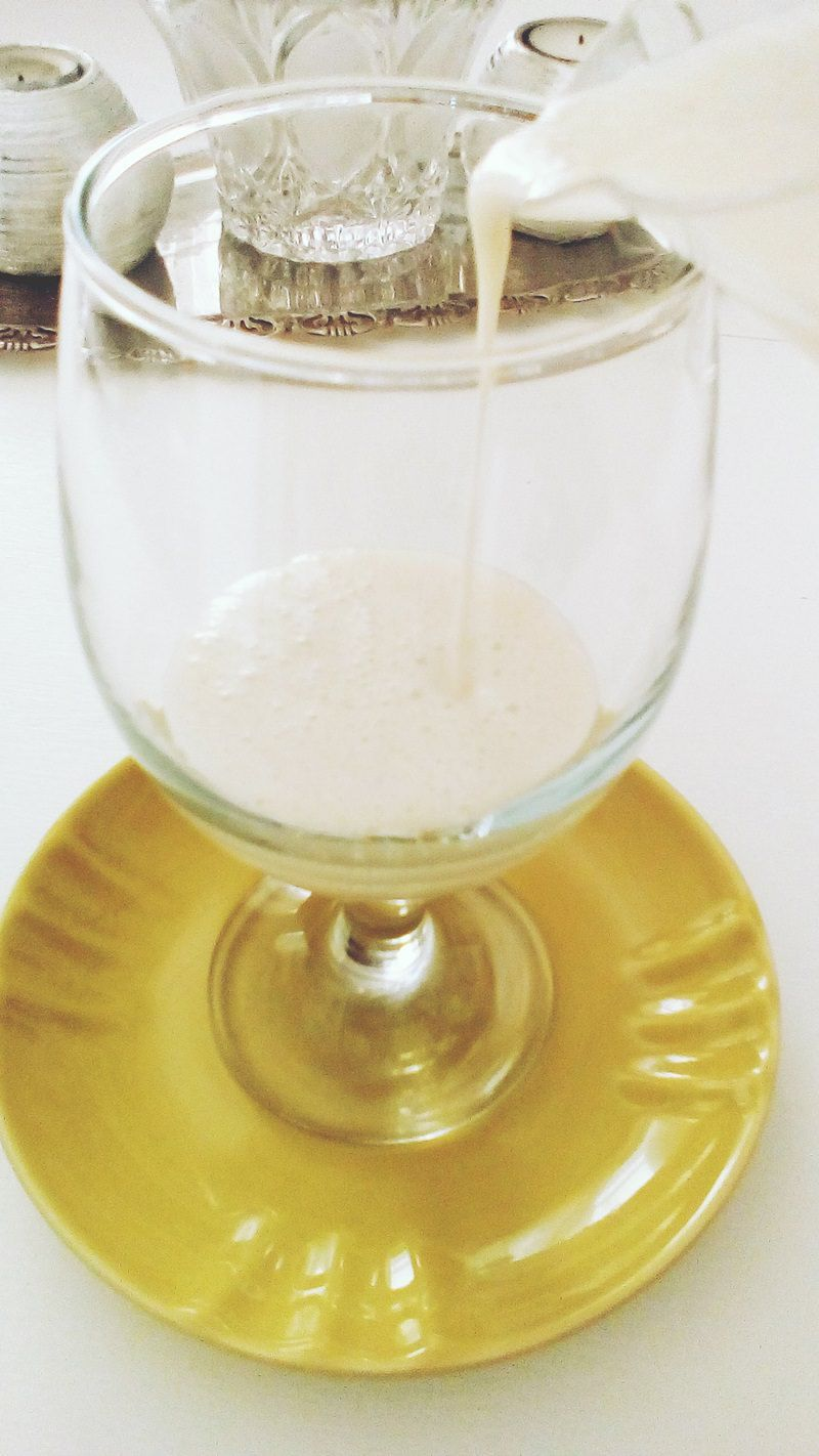 Milkshake μπανάνα στο ποτήρι
