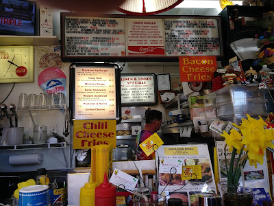 Inside Pop's Dogs and Ma's Burgers. Lots of things to look at.
