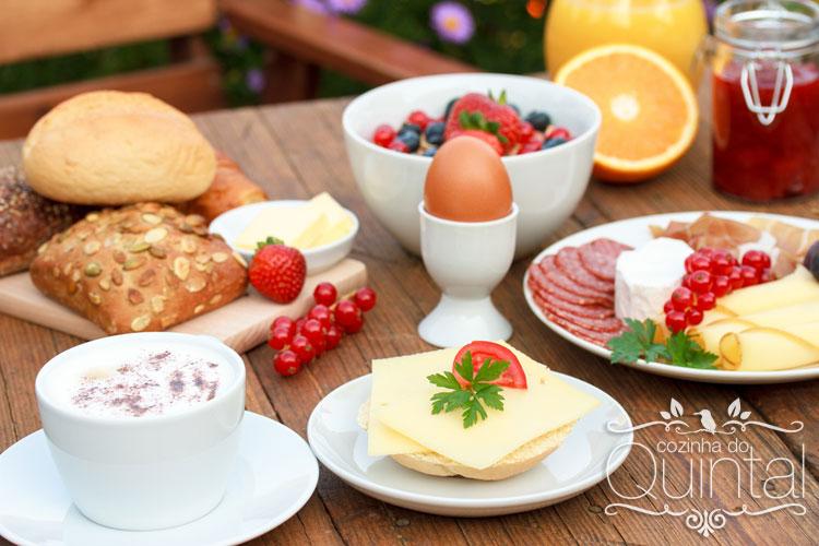 Oferecer brunch aos domingos é opção para aumentar faturamento no foodservice