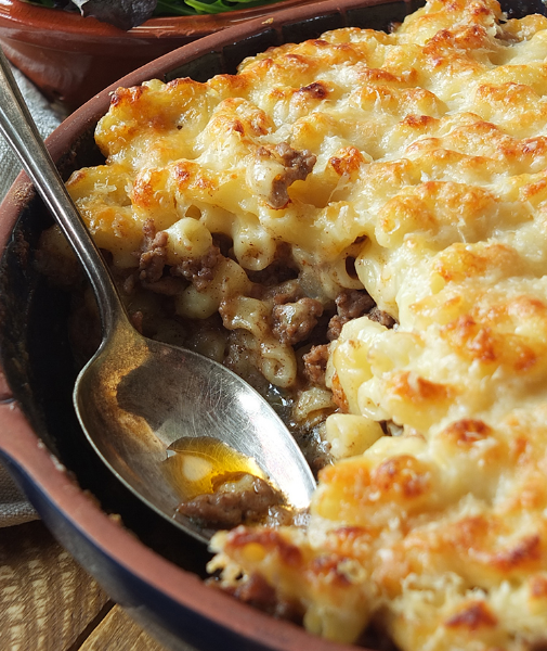 Pastitsio - Greek Macaroni Pie #healthydinner #macaroni #lunch #pie #food