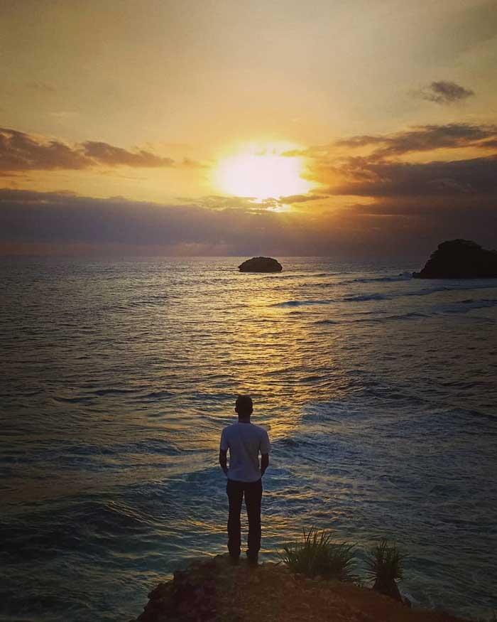 Pantai Bantol Malang Selatan