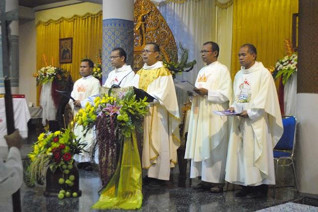 """Perayaan HUT ke-7 Paroki Santo Alfonsus Nandan, """"Bersaudara dalam Keberagaman, Bersatu dalam Kebangsaan""""."""