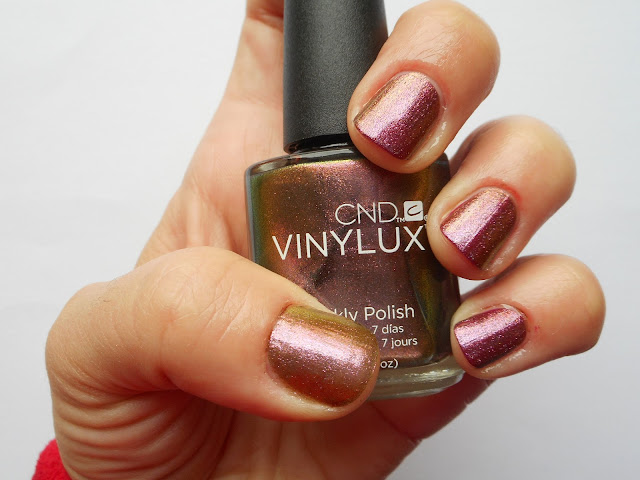 CND Vinylux Weekly Polish in Hypnotic Dreams