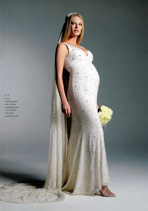 Wedding Dress For Pregnant Woman 56
