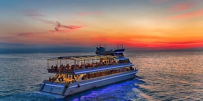 تخططين لرحلة البحر القادمة ... إليك 5 أساسيات لأناقتك على الشاطئ