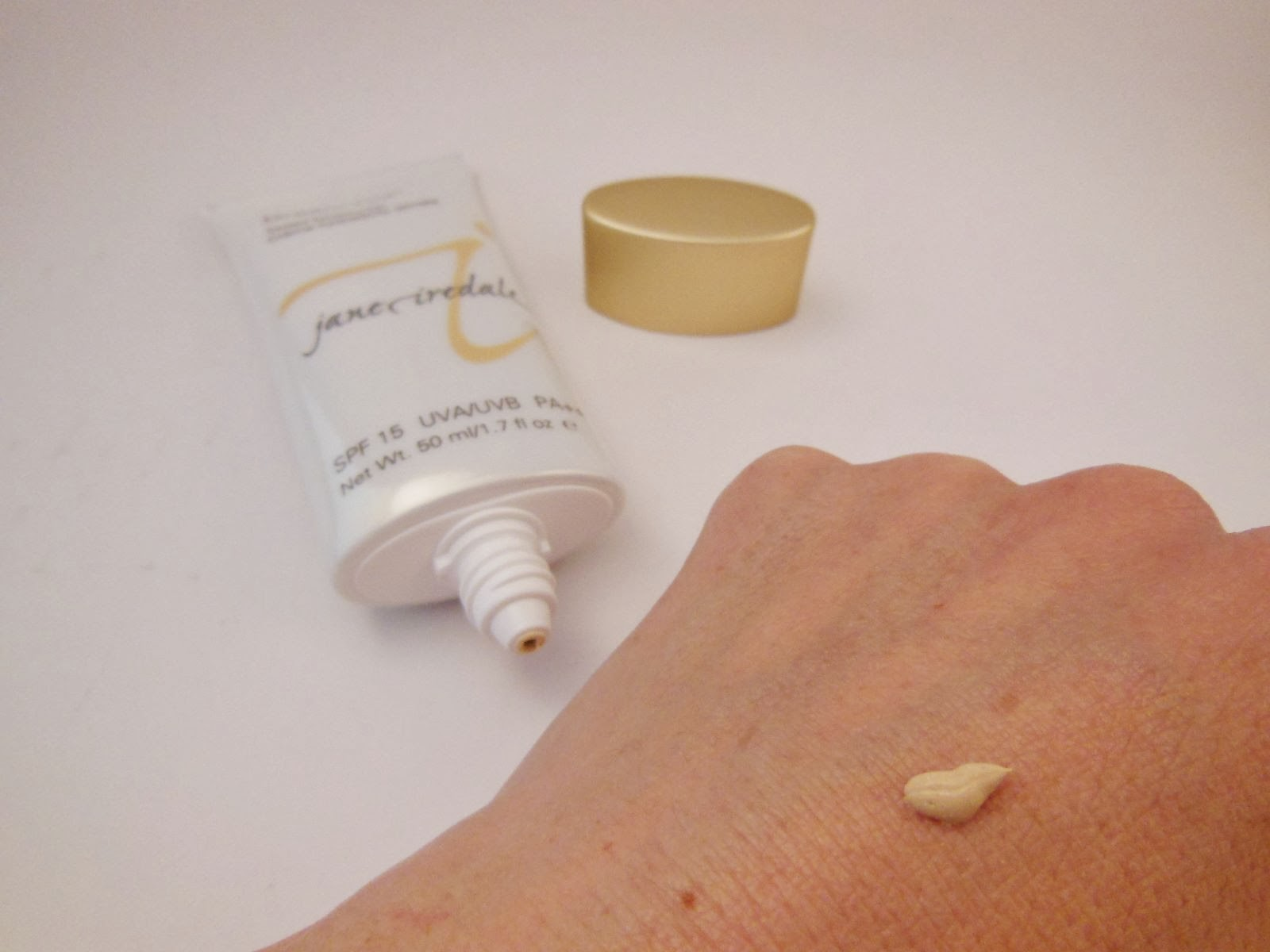 Dream Tint Tinted Moisturizer by Jane Iredale #3