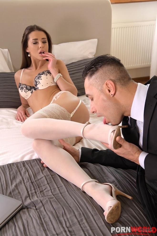 Sybil Sizzles In Leg Fetish Scene - idols