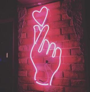 Lampu Neon Quotes