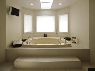 Modern-Bathtubs-Royally