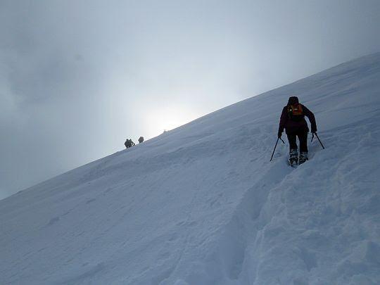 Początek natarcia na szczyt.