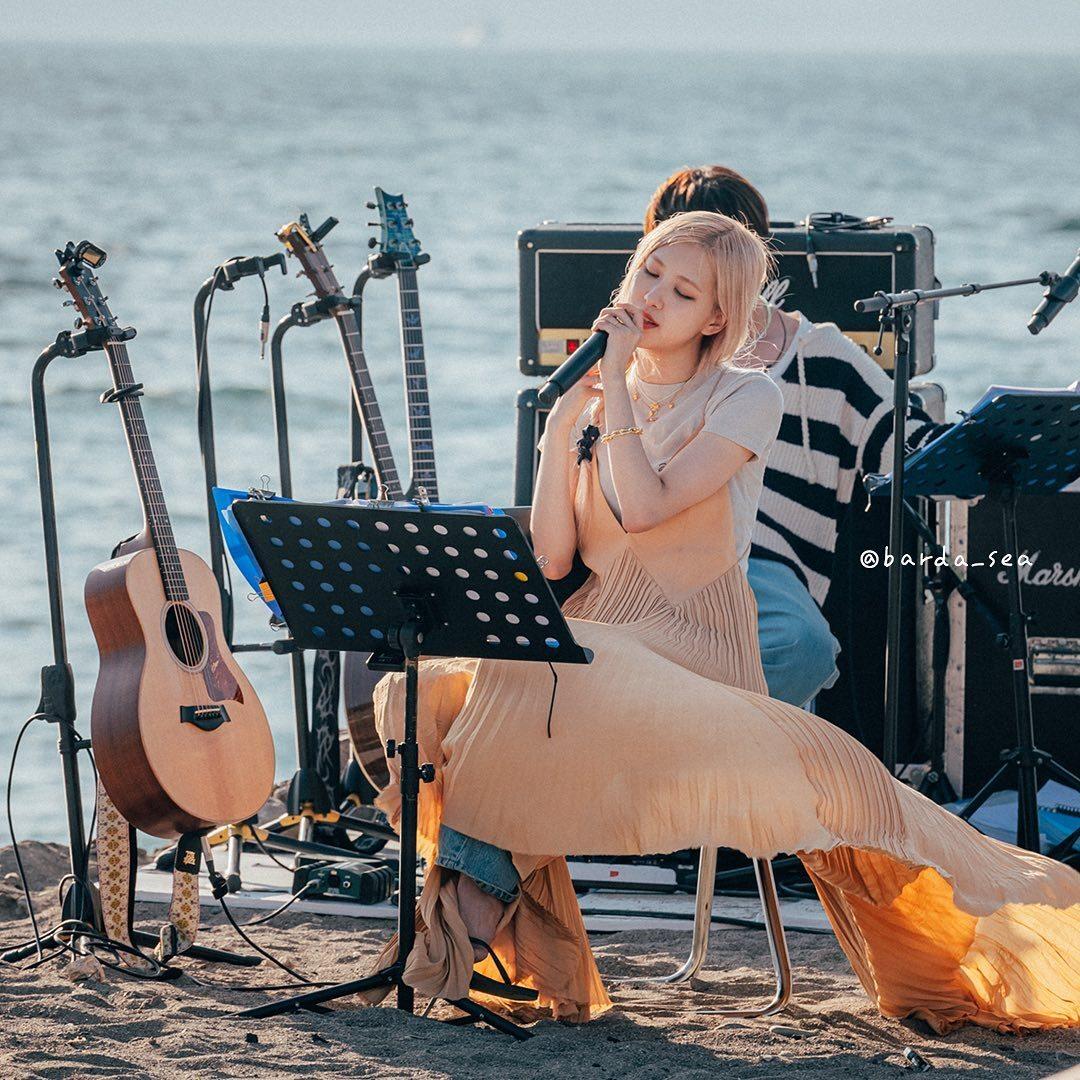음악예능 '바라던 바다' 게스트로 나온 블랙핑크 로제 - 꾸르