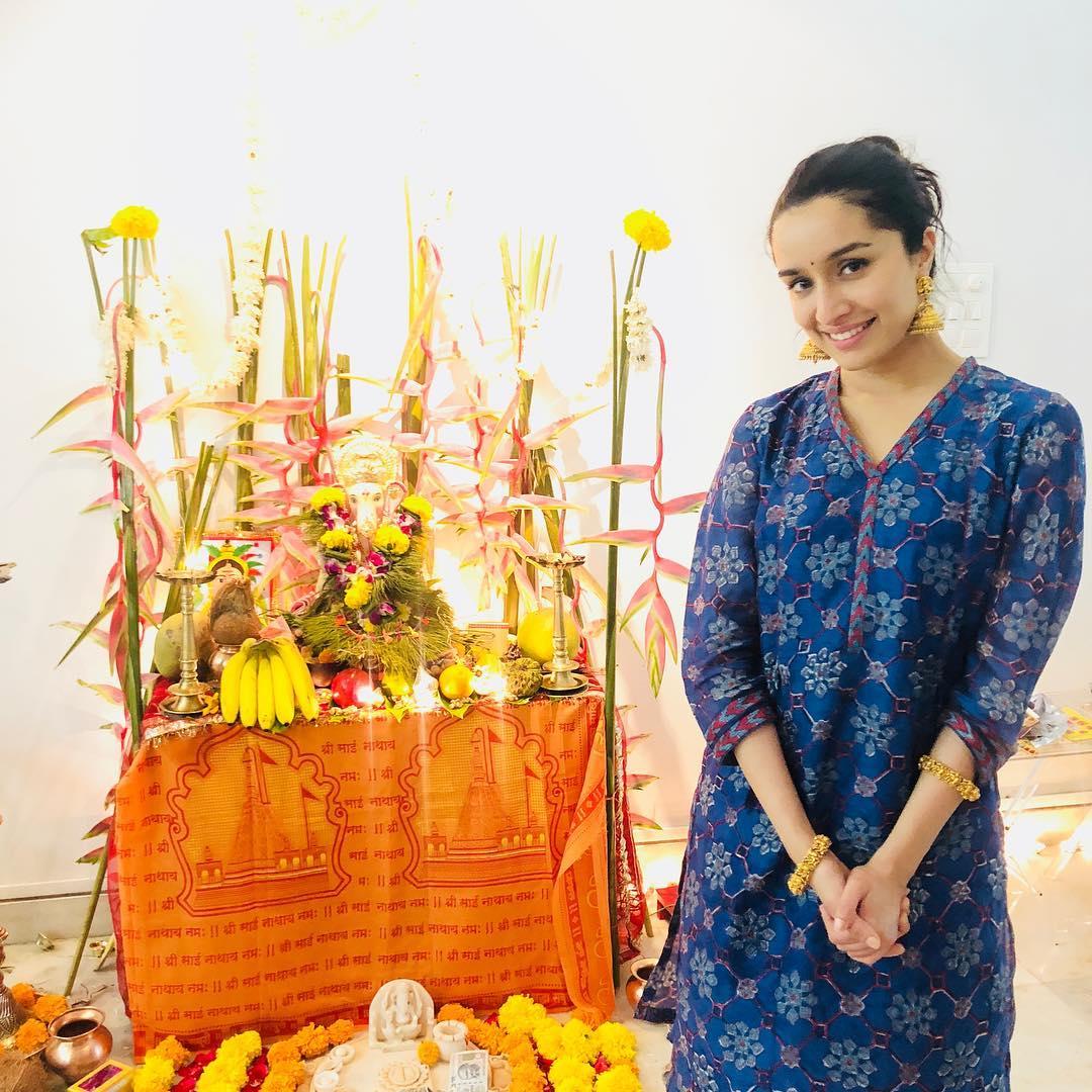 Shraddha Kapoor Photos | Shraddha Kapoor Pic