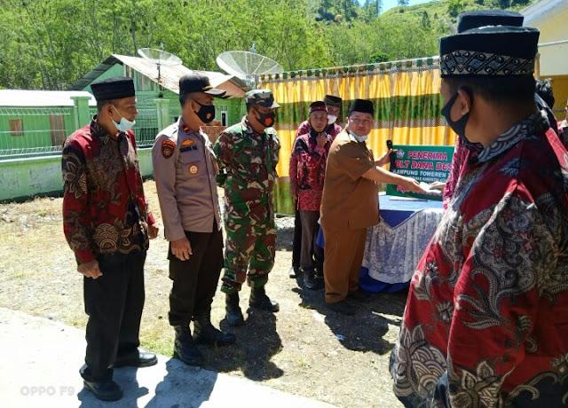 Babinsa Koramil 01 Kota Kodim 0106 Dampingi Penyaluran BLT Dana Desa Tahap I.Tahun 2021