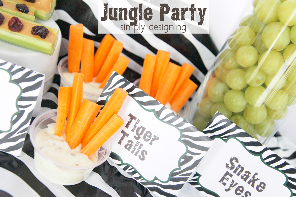 Jungle Party Food Ideas | have a healthy Jungle-themed party | Jungle party themed food ideas | FREE jungle-themed printables | #party #junglefresh #shop #printables #smoothie #recipe