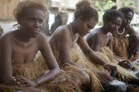 جزيرة,نساء,قتل,قربان,بحر,نهر,عادات,تقاليد,ذكاء,حيلة,انتقام