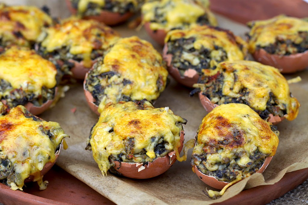 Jajka faszerowane pieczarkami w skorupkach, Wielkanoc, jajka faszerowane, jajka faszerowane pieczarkami,
