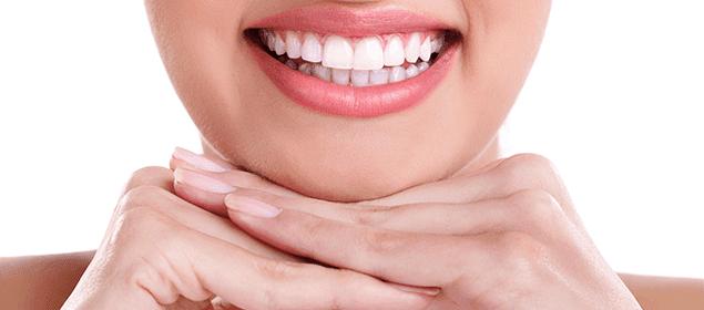 cómo curar las encías sangrantes