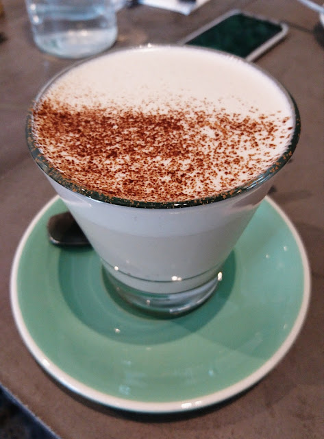 1809, Glen Waverley, chai latte