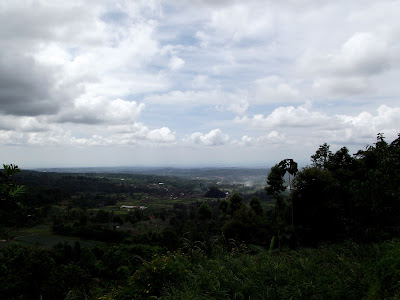 Wisata Kuningan - Lembah Cilengkrang