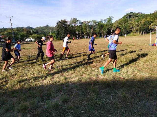 Ingin Masuk TNI, Pos Mahein Satgas Pamtas Yonif 742/SWY Latih Para Pemuda Perbatasan.