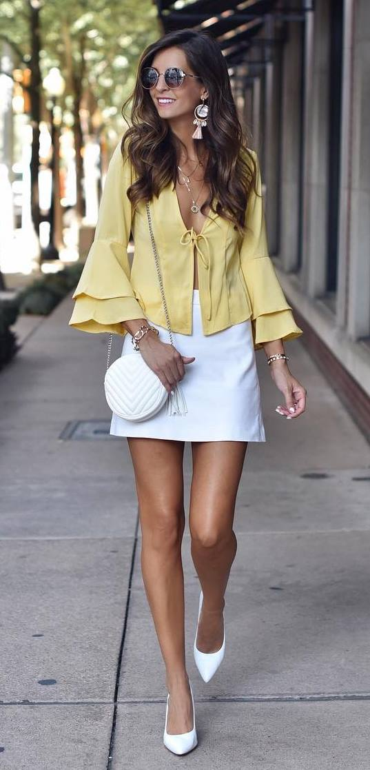 how to style a white round bag : white skirt + heels + yellow blouse
