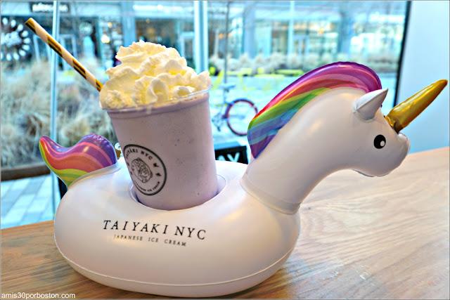Taiyaki NYC Boston: Batido de Taro en el Flotador de Unicornio