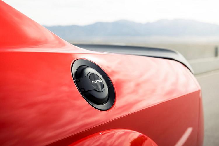 Ra mắt Dodge Challenger SRT Super Stock 2020 nhanh nhất thế giới