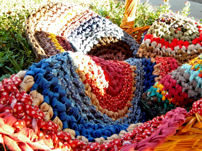 Yes There Was One Rag Rug About Half Made That Day Were Lots Of People Who Shared Stories Their Grandmothers Making Rugs And How Amazed They