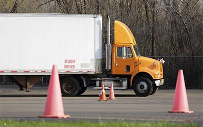best truck dispatch company, trucking dispatch company, trucking dispatch services, hotshot dispatch services, 5 star truck dispatch, freight dispatch service agency, truck, truck dispatcher