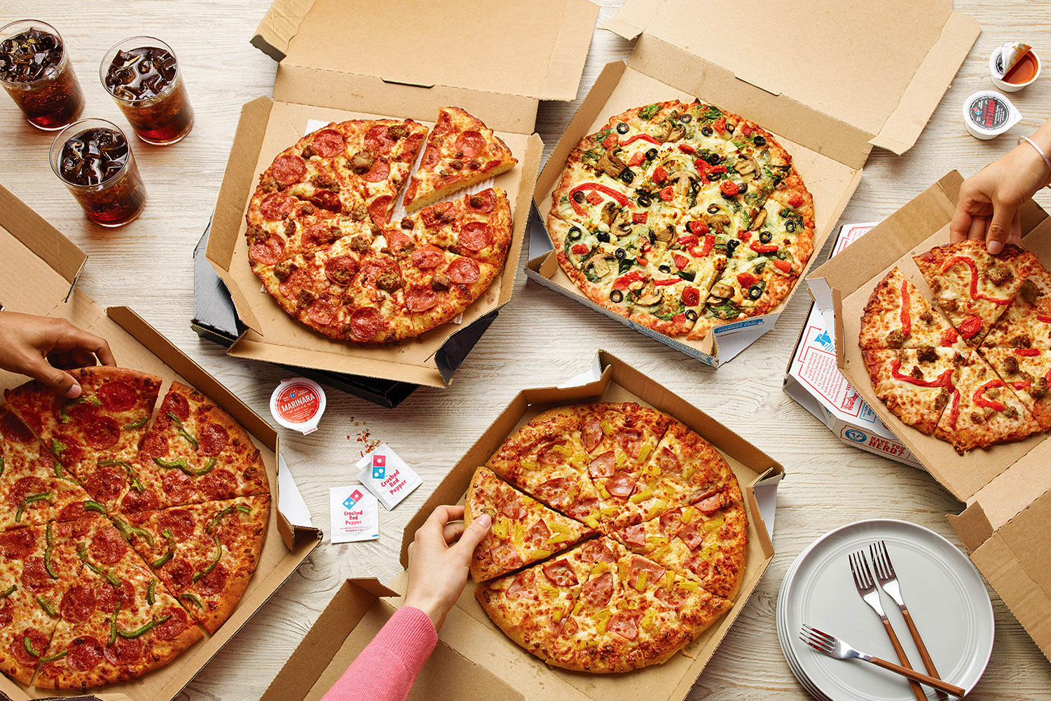 food delivery. pizza delivery, instant food, foodpanda delivery