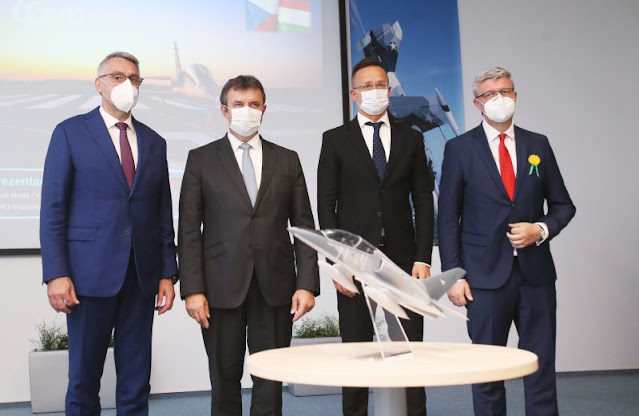 Hungarian Czech ministers visit Aero