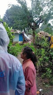 मकान की छत गिरने से दो बच्चे की मौत