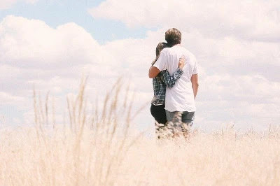 Kata-kata Romantis Pagi Hari Buat Pacar Atau Gebetan Tersayang