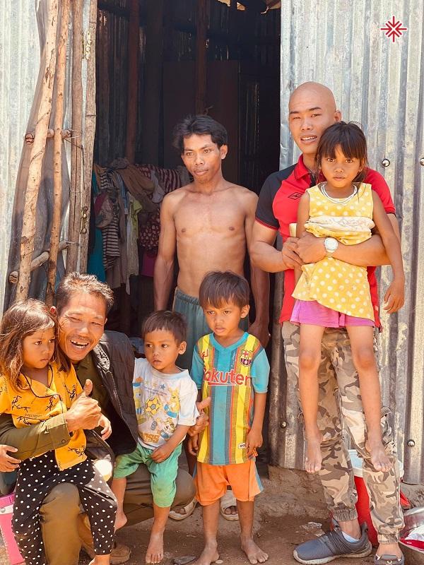 YouTuber Phan Đình Huy – hành trình lan tỏa 'lòng nhân ái' đến với những mảnh đời bất hạnh
