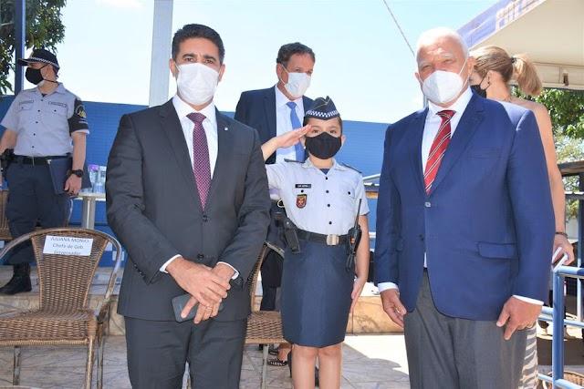 O Deputado Roosevelt Vilela, participa da formatura para a apresentação do uniforme operacional da turma 7 do Curso de Formação de Praças da Polícia Militar do DF