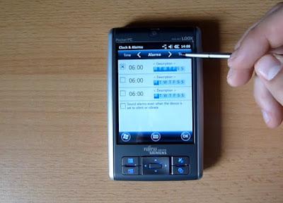 fujitsu-siemens-pocket-loox-n100-series