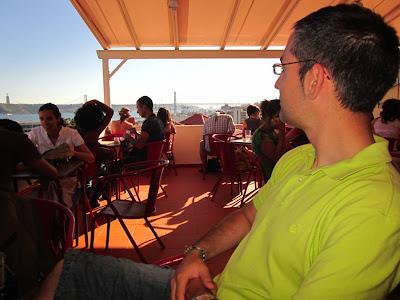 Noo Bai Café beside the miradouro of Santa Caterina in Lisboa