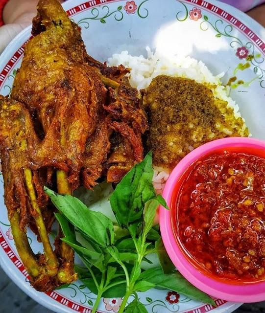 Bebek Palupi ;5 Kuliner Bebek Terenak di Surabaya, Sensasi Rasanya Luar Biasa