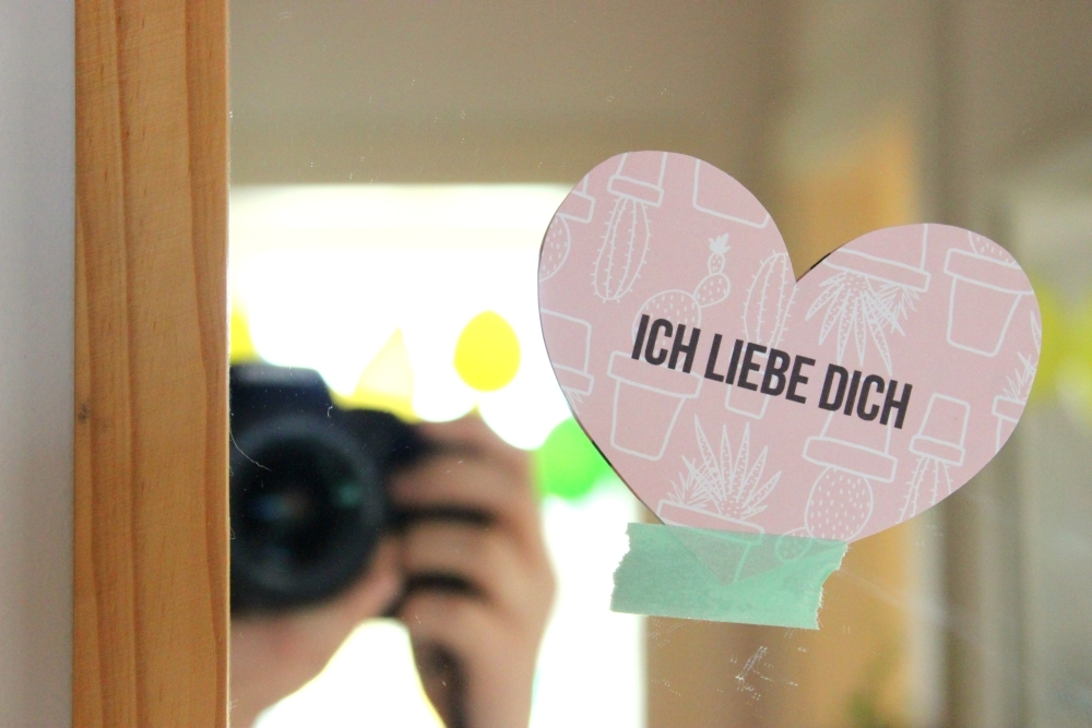Kleine selbstgemachte Liebesbotschaften zum Valentinstag   mit Printable