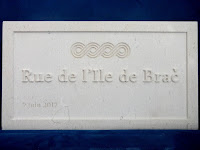 Francuski grad Dijon ulica Brač slike otok Brač Online
