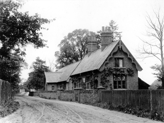Postcard of Water End Girls' School in the 1900s - Image from G. Knott / P. Miller
