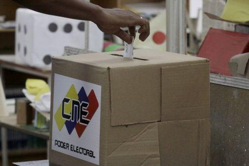 EE.UU. dice estar atento a las elecciones regionales en Venezuela