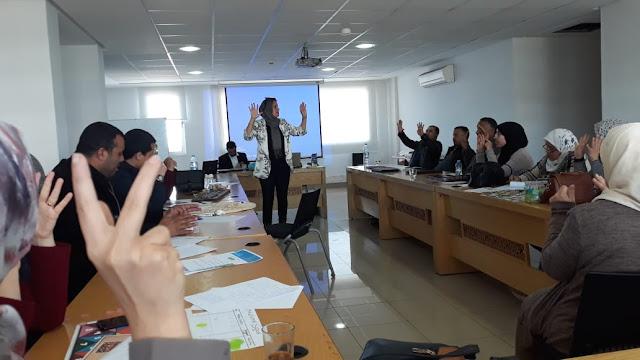 أستاذة بمدينة الطنطان تتألق بالرباط بتاطير ورشات في مجال استعمال بيداغوجيا اللعب في الرياضيات