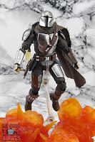 S.H. Figuarts The Mandalorian (Beskar Armor) 66