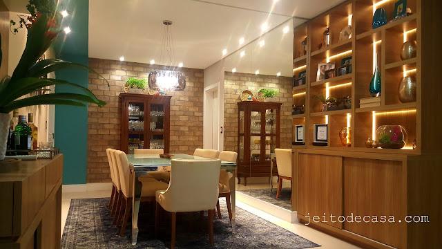 cristaleira-sala-de-jantar-decorada