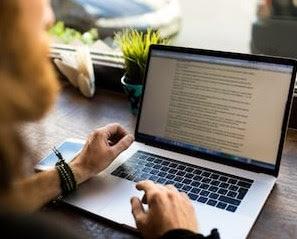 rekomendasi 10 bisnis bagi mahasiswa dengan penghasilan besar