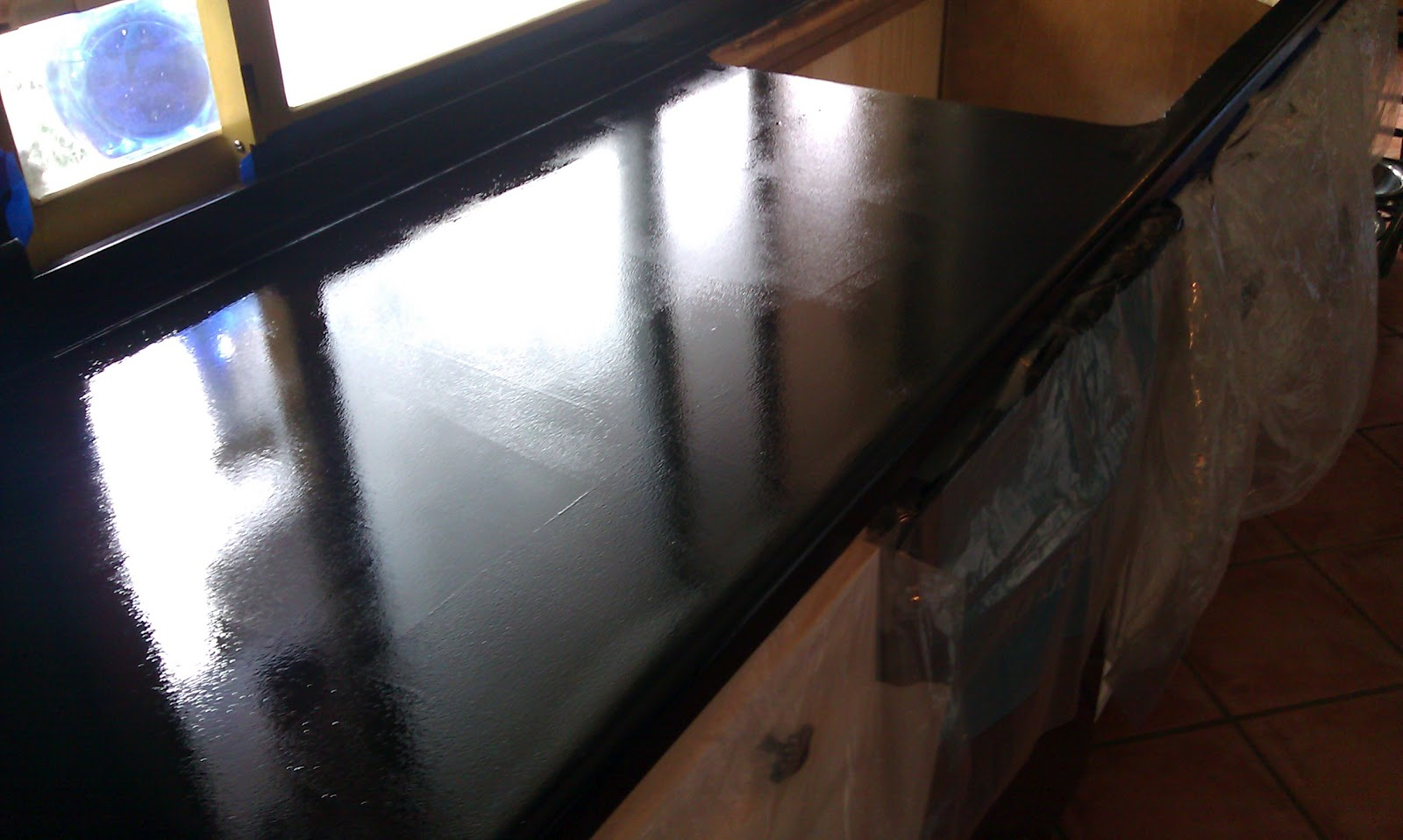 Shiny Kitchen Countertops