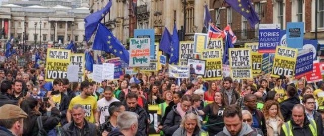 Big turnout of Anti-Brexit March