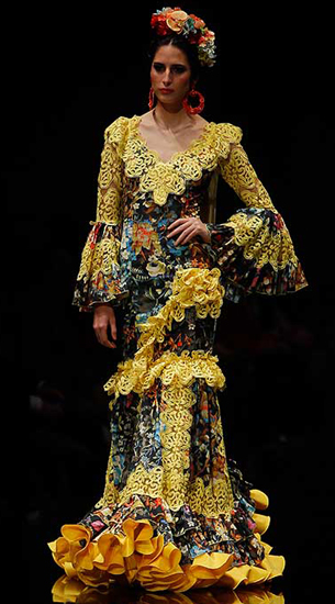 traje flamenca 2016 de Loli Vera 2016
