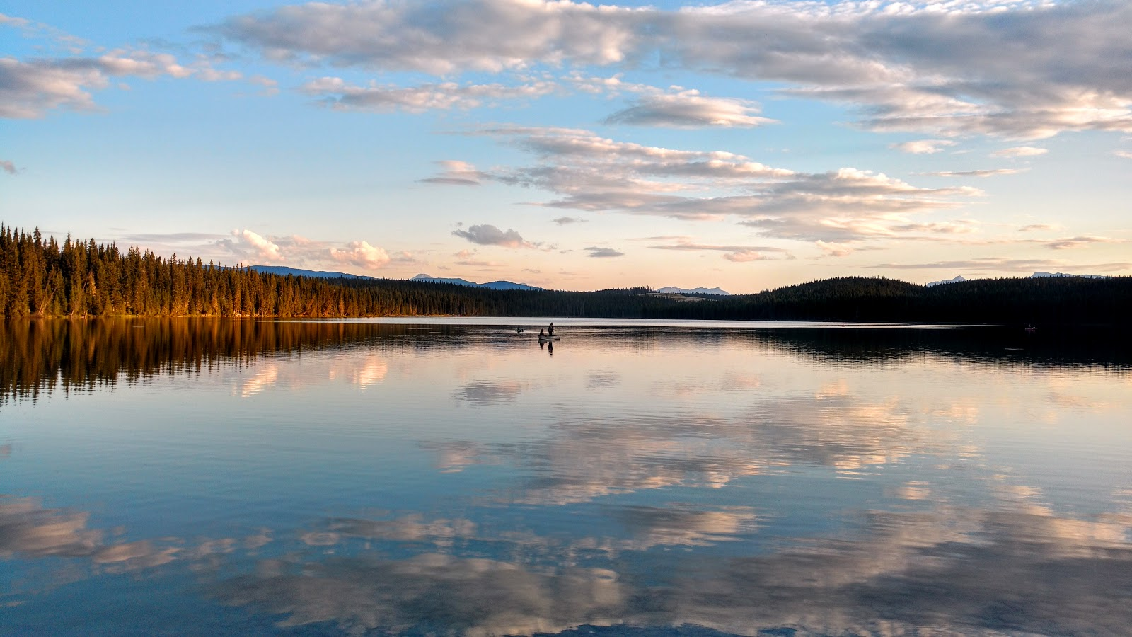 Camping and hiking in david thompson country nordegg area for Fish lake camping
